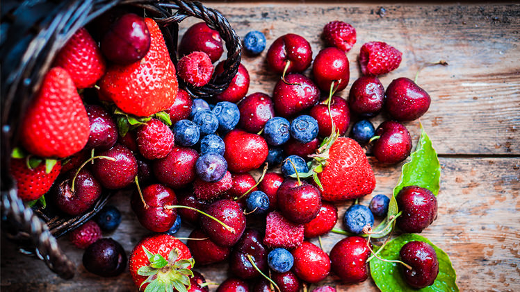 7-good-for-you-super-berries-748