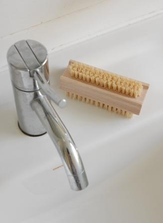 Natural Fibre Wood Nail Brush