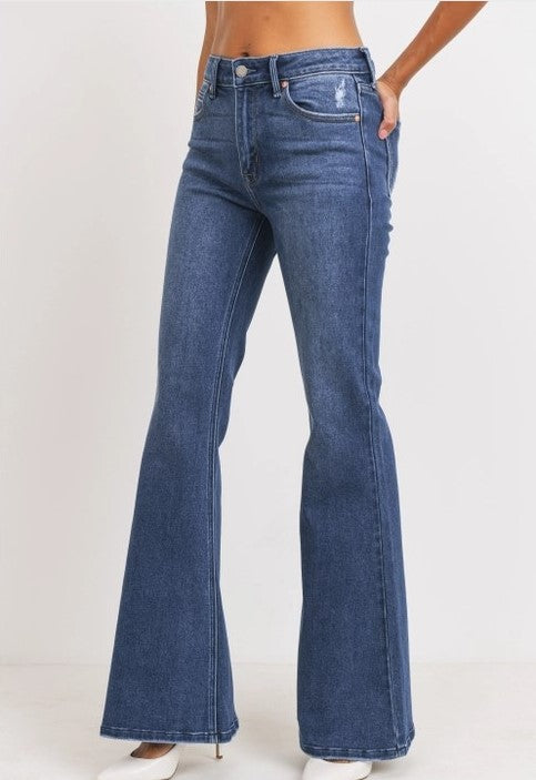 High waisted flare jeans in dark wash