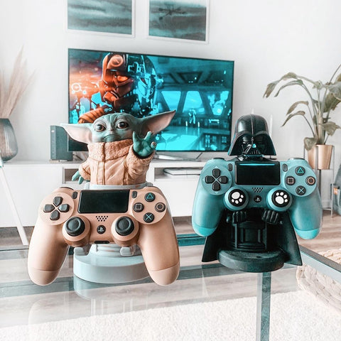 The Child and Darth Vader Cable Guy Simple Gamer Set-up