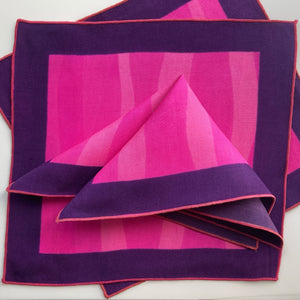 Fuchsia Wave cocktail napkins