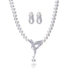 Load image into Gallery viewer, Fashion Faux Pearl Jewelry Set Gift