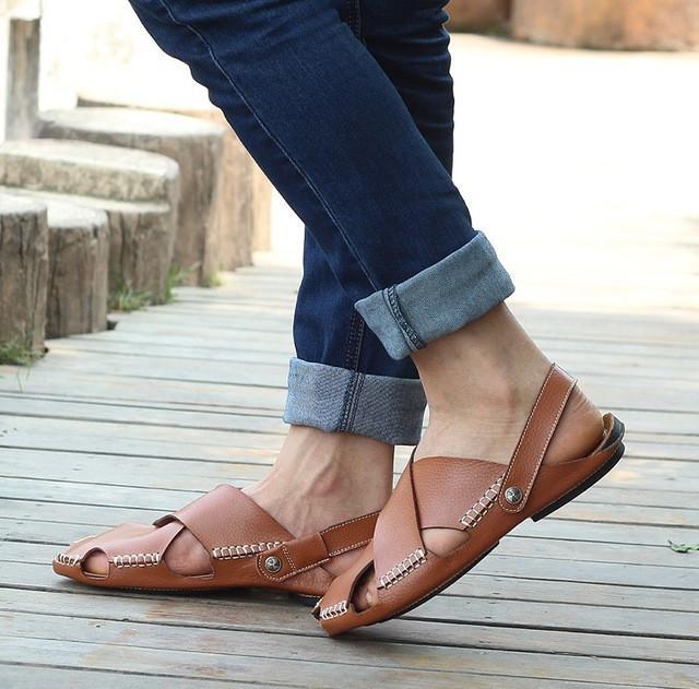 The Cowhide Anticollision Sandals