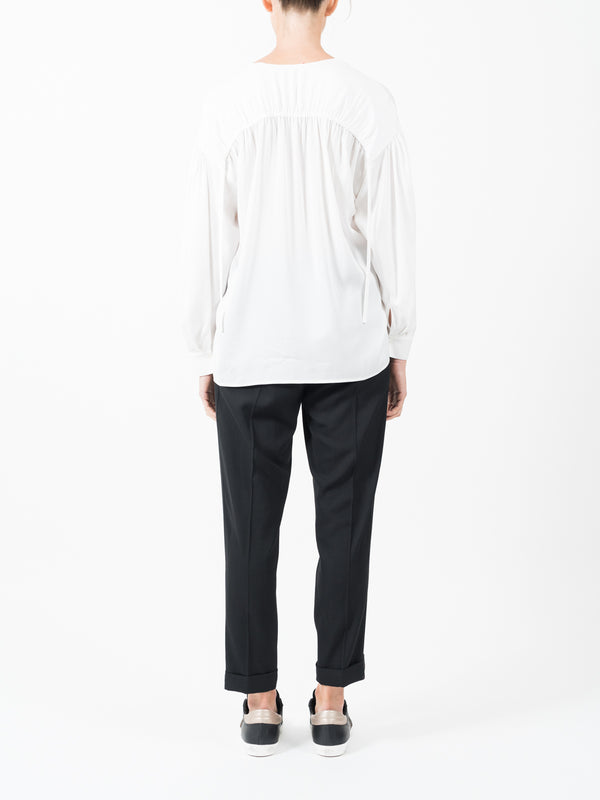 RUCHED SPLIT BLOUSE IN WHITE