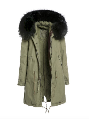 ARMY PARKA IN ARMY GREEN