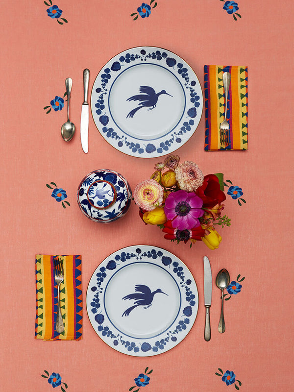 La DoubleJ Homewares CHARGER PLATE - WILDBIRD BLU