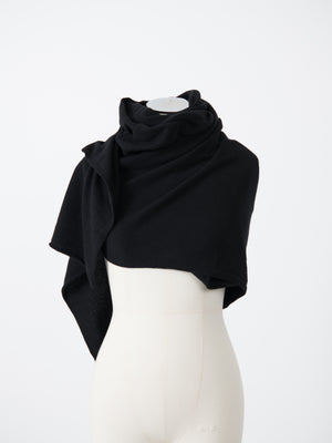ELLA CASHMERE SCARF IN BLACK