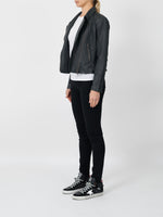 THE NEW YORKER JACKET IN CHARCOAL