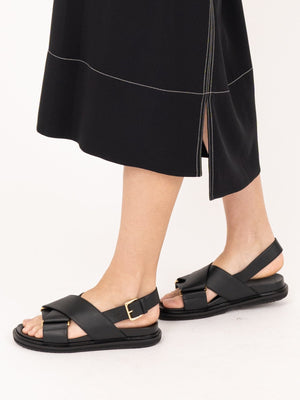 Marni Fussbett Sandal in Black