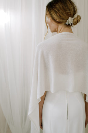 Wedding shawl made from sustainable 100% Cashmere, detail view