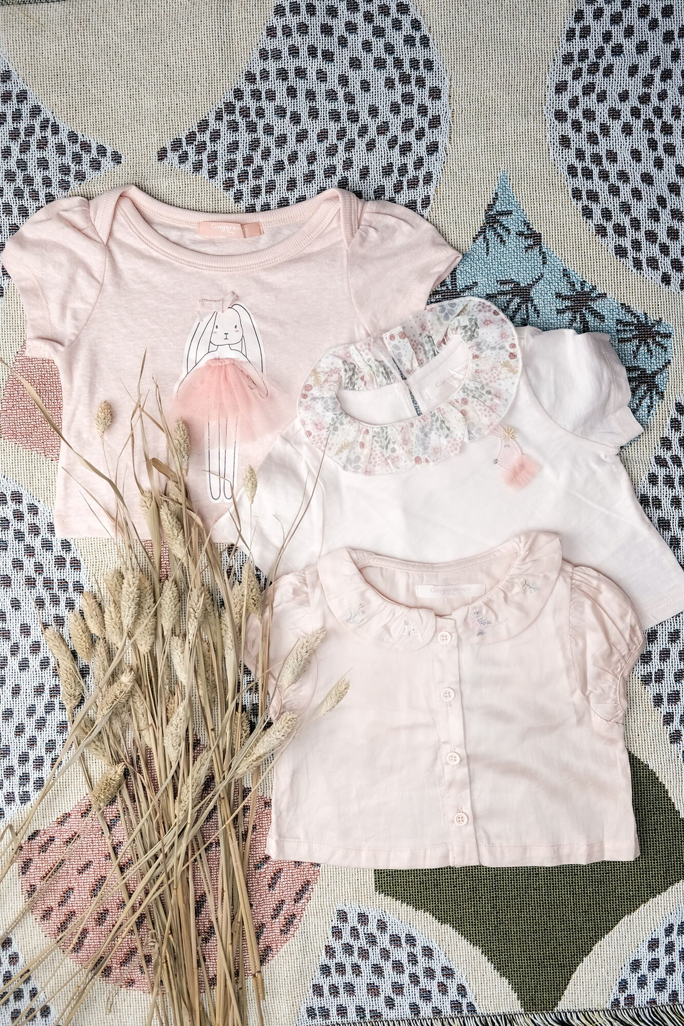 Baby Girls Tee with Bunny Print Applique