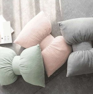 Decorative Pillow - Bow