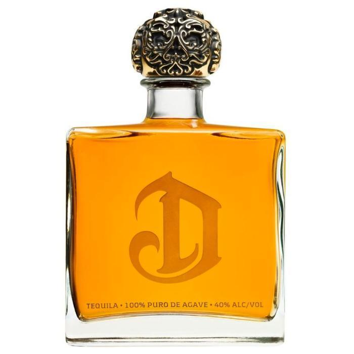Buy DeLeón Anejo online from the best online liquor store in the USA.