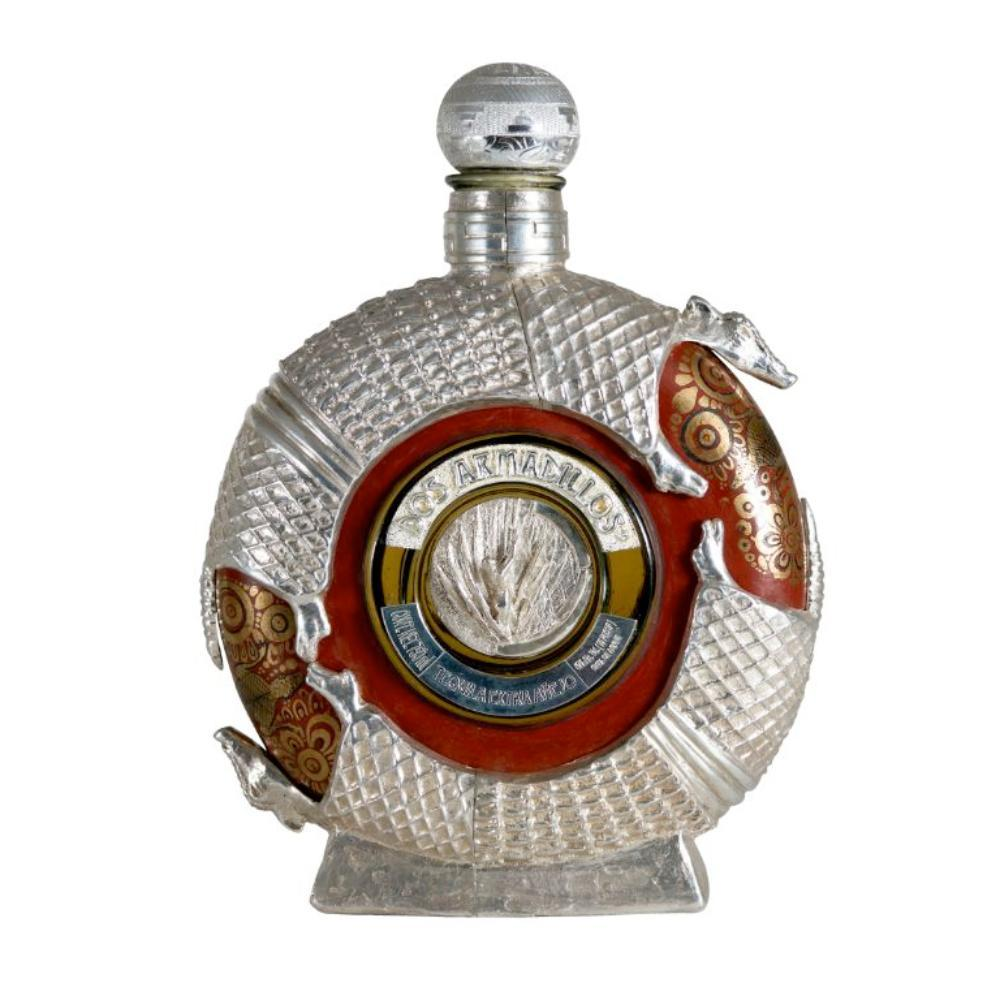 Buy Dos Armadillos Extra Anejo Sterling Silver Tequila online from the best online liquor store in the USA.
