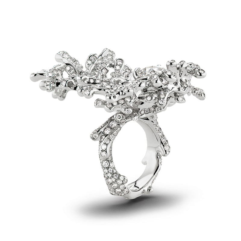 Nerida diamond ring