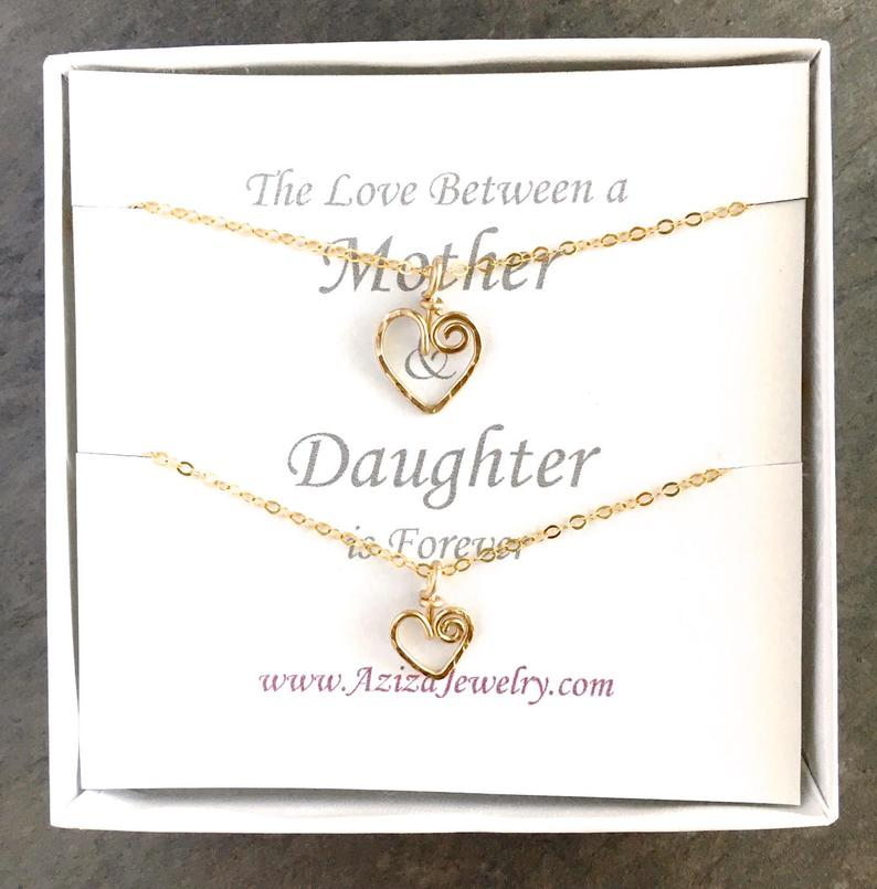 Mother Daughter Necklace Set. Mom Daughter Heart Necklaces. Mom to Be Gift. Push Present