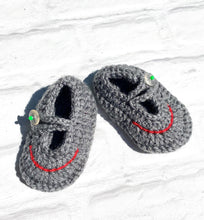 Load image into Gallery viewer, Fun Grey Sandal Style Crochet Moccs for Boys (Limited Offer)