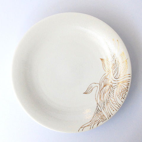 "Gold Painted Porcelain Dish M ""Rin Ran"""