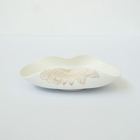 "Gold Painted Porcelain Dish S (Hisago type) ""Tanabata"""