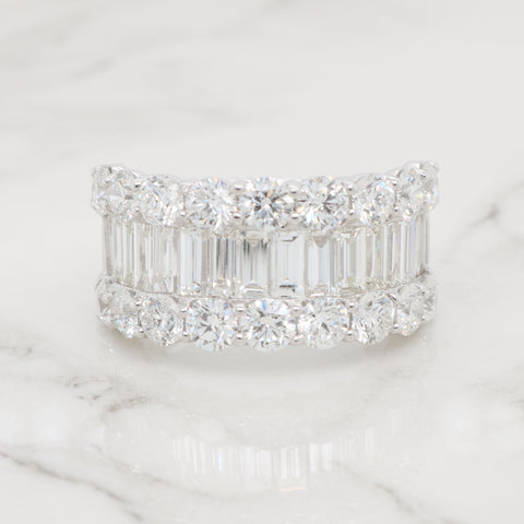 Large Round and Baguette Diamond Ring