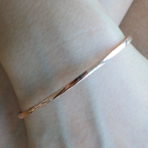 14kt Flex Bangle