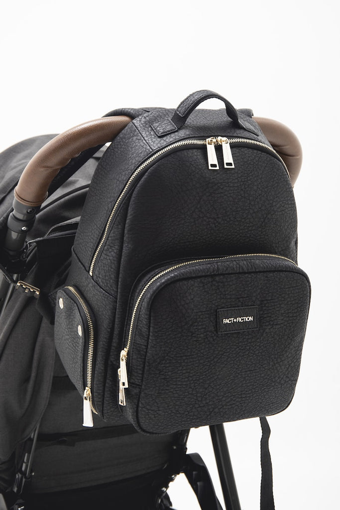 Lea Backpack Black + Changing mat
