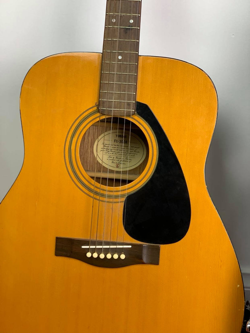 Yamaha GF-300A Acoustic steel string guitar with hard case