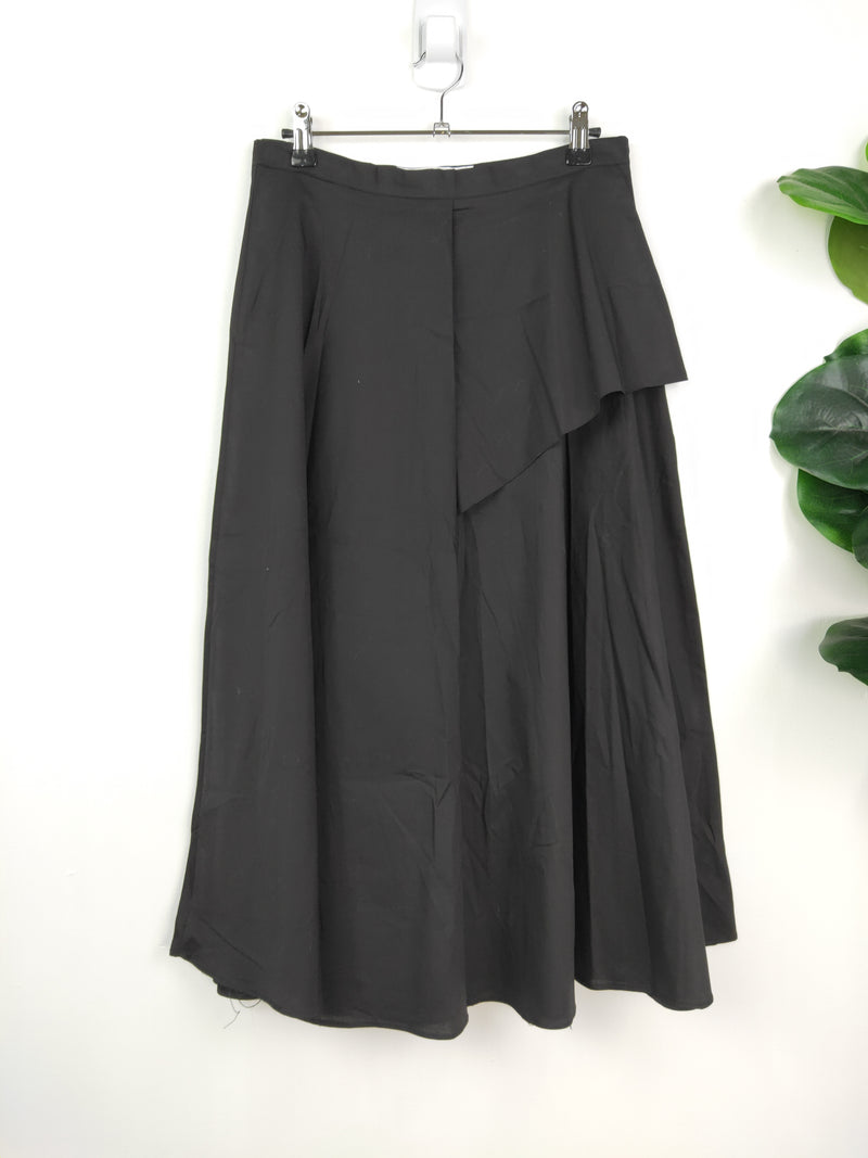 The Editors Market black tiered circle skirt (size large)