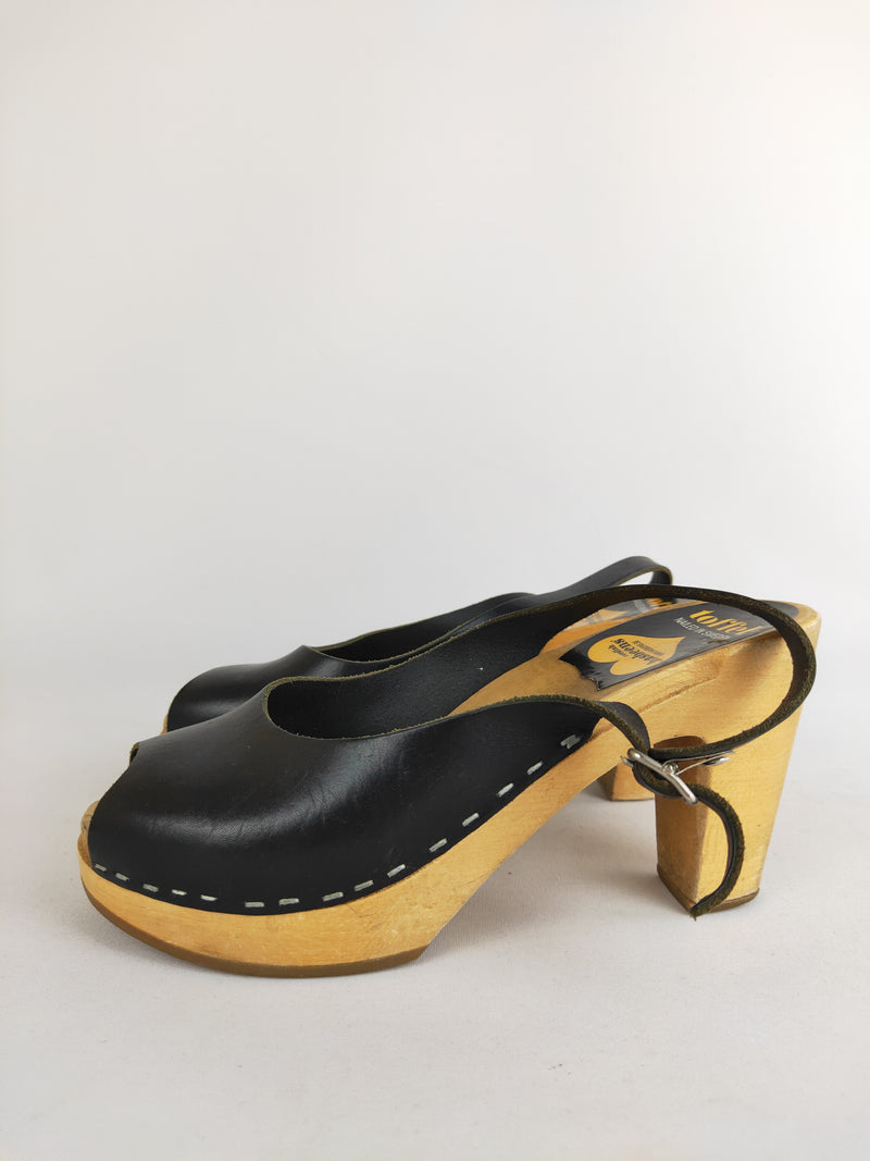 Swedish Hasbeens black leather sling back clogs (size 37 EU)
