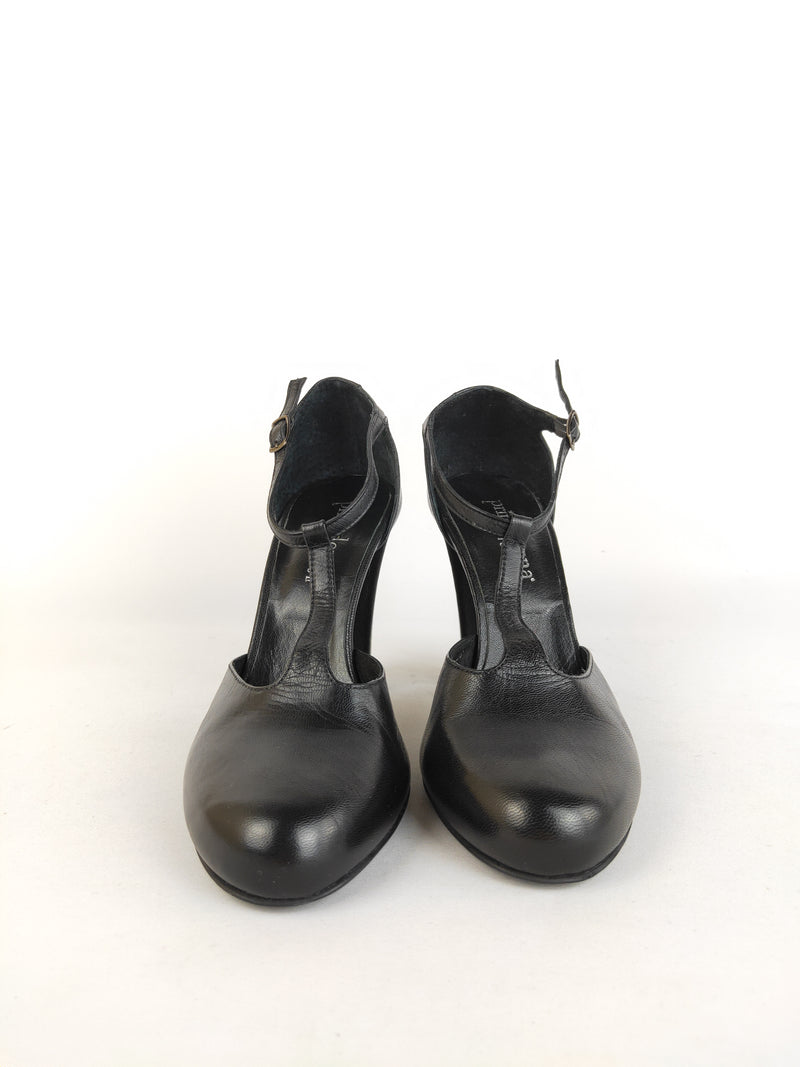 Primadonna Collection black mary janes (size 38 EU)
