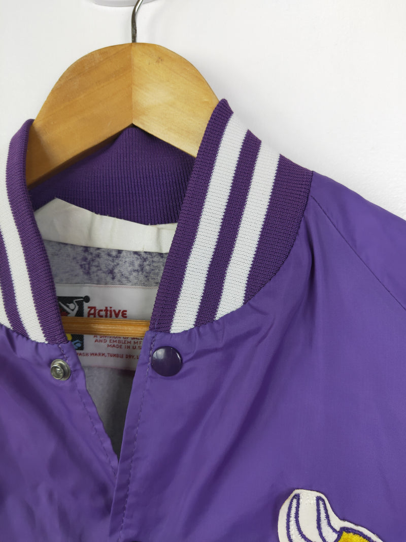 Minnesota Vikings vintage purple jacket (size large)