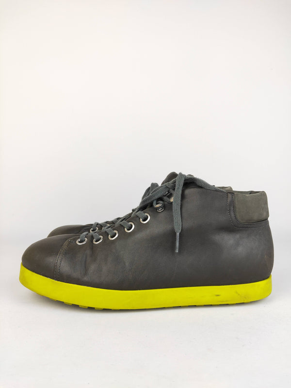 Camper mens leather sneakers size 44