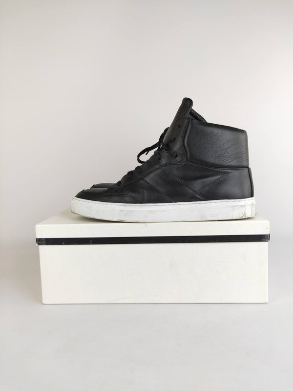 Calibre black leather sneakers (size 44 EU)