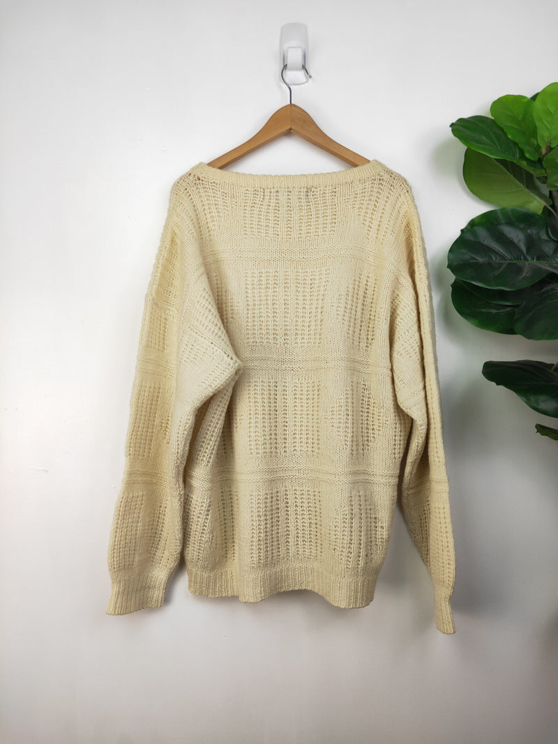 Ricardo vintage cream wool knit jumper (size XL)