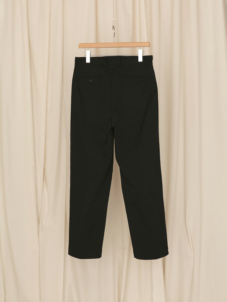 +81 2 TUCK TAPERD PANTS BLK 2