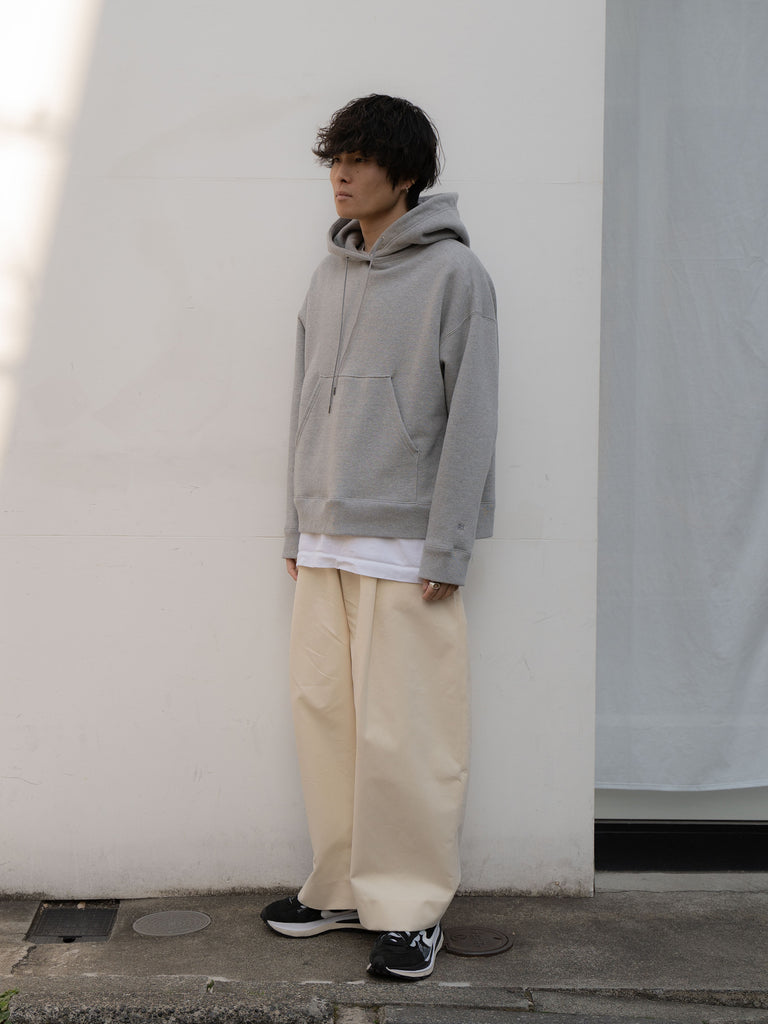 +81 OVERSIZED HOODIE GRY 4