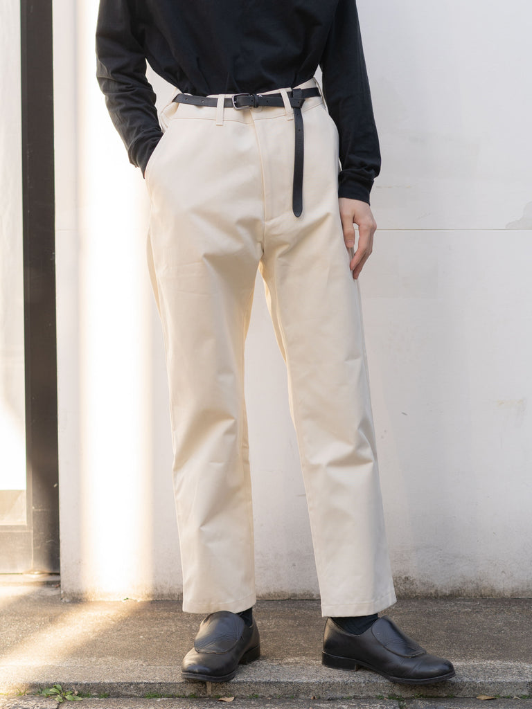 PEACHED COTTON TWILL FLAT FRONT TAPERED PANT CRM 8