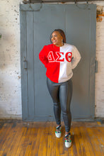 Load image into Gallery viewer, ΔΣΘ Color Block Sweatshirt