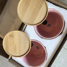 "Load image into Gallery viewer, 4"" ceramic pot with bamboo catch plate - 10pcs wholesale"