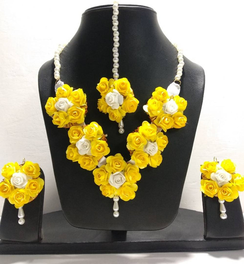 Handmade Floral Flower Jewellery Set With Maang Tika and Earrings