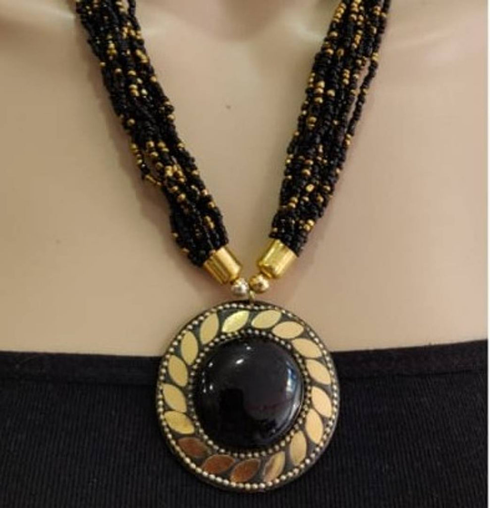 Trending And Beautiful Beaded Necklace With Pendant