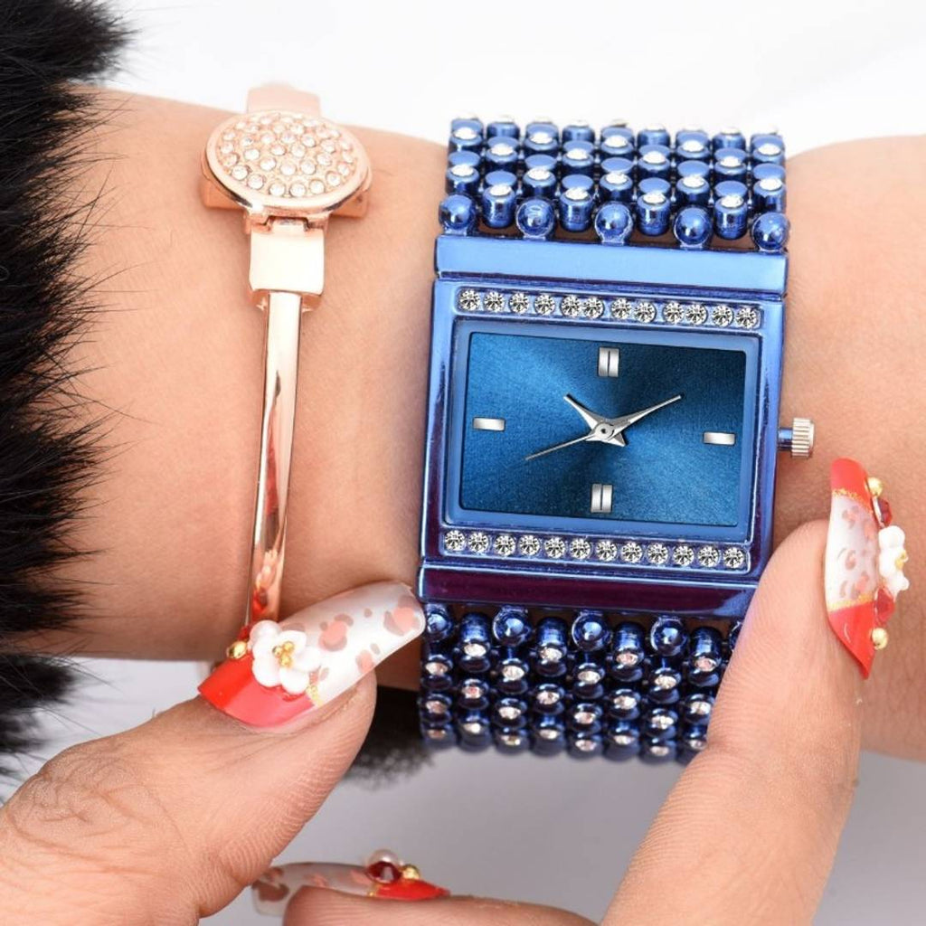 New And Attractive Bracelet Watch For Women