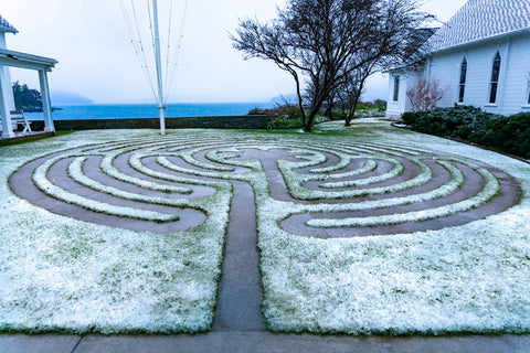 Labrynth in snow dusting