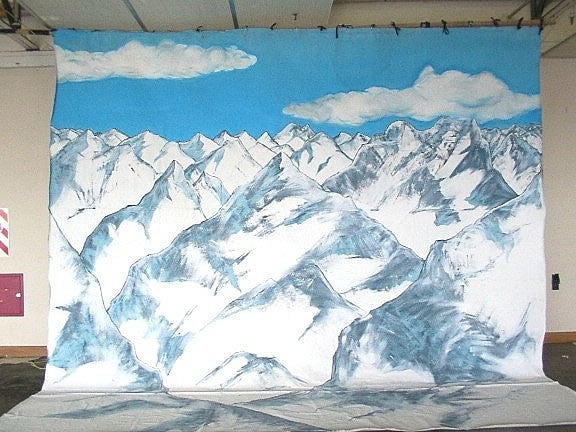 Backdrop:  Snowy Mountains