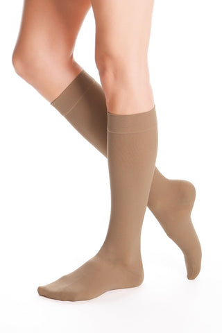 BELOW THE KNEE 20-30 mmHg COMPRESSION STOCKING