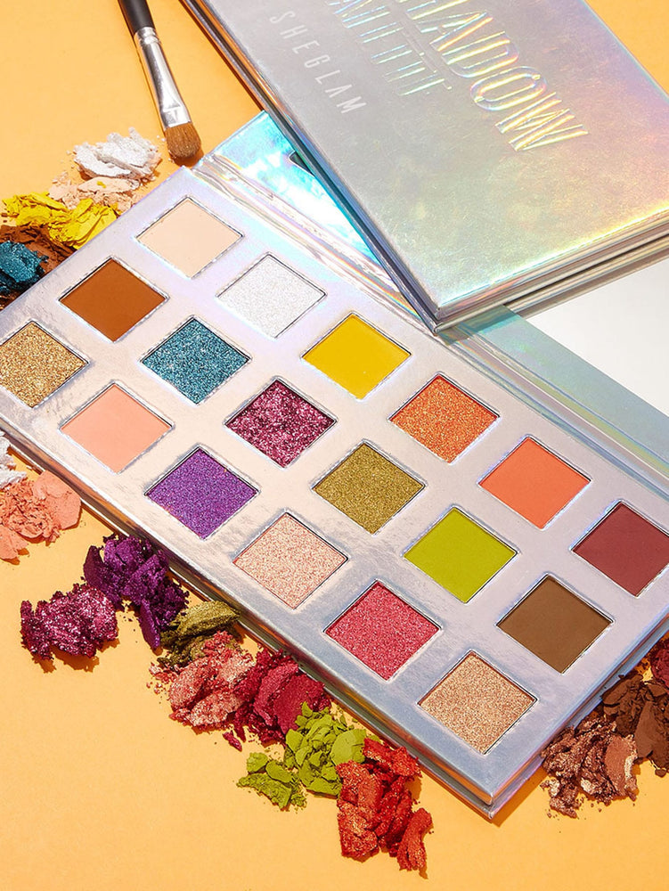 Load image into Gallery viewer, The ARTISTRY Eyeshadow Palette - BEJEWELLED