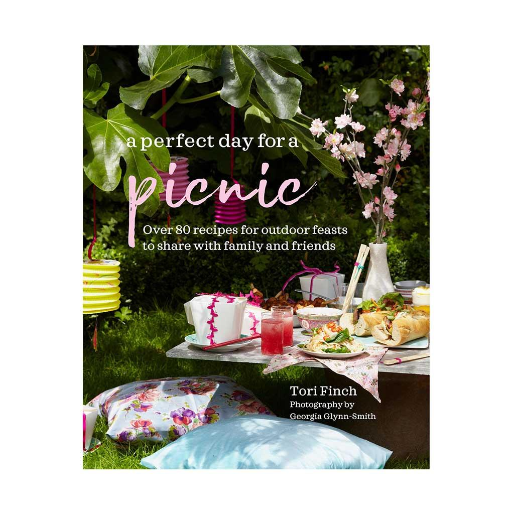 A Perfect Day for a Picnic, Cookbook by Tori Finch