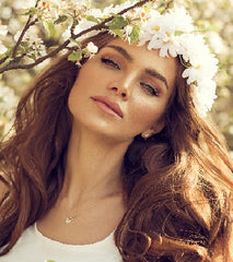 Mia® Flower Halo - white daisies in model's hair - by #MiaKaminski of Mia Beauty