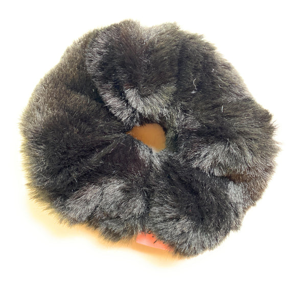 Furry Scrunchie - black