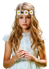 Mia® Flower Halo Headband Hair Accessory - white Daisies shown on young girl model - by #MiaKaminski #Mia #MiaBeauty #Beauty #Hair #HairAccessories #headbands #lovethis #love #life #woman #flowerhalo #festivals #coachella